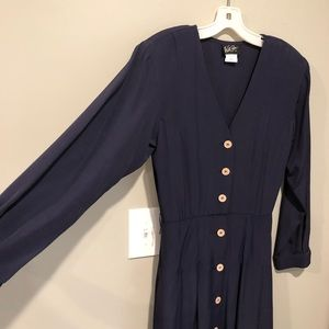 VNTG ✨ Navy midi dress with button detail Sm/Med